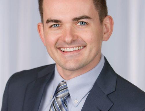 Holmberg Earns Business Valuation Credential